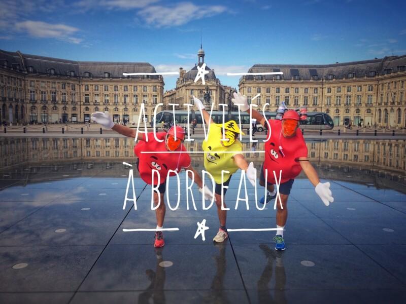 Titre : Activités à Bordeaux - Place de la Bourse